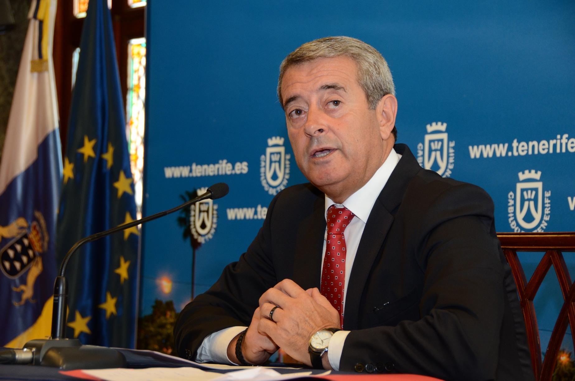 Tenerife no puede esperar más por Aurelio Abreu