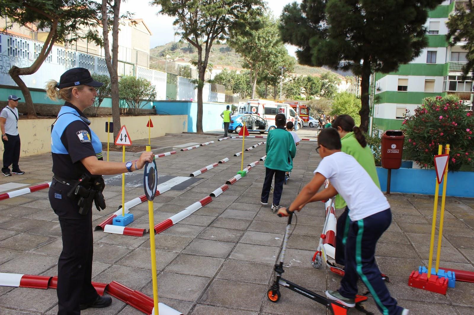 Circuito Vial : Lección sobre seguridad y educación vial en el colegio de
