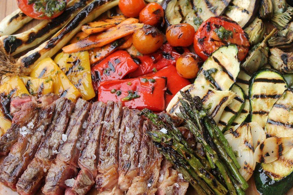 El mercado municipal de la laguna con la cocina for Parrillada verduras