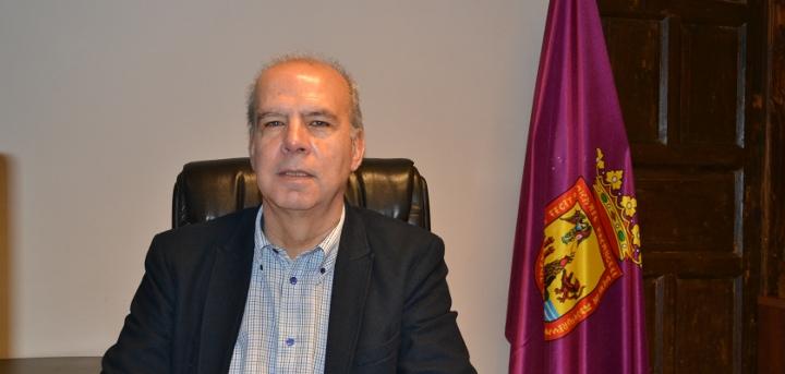 "Antonio Pérez-Godiño : "" Seguimos trabajando pese a la oposición"""