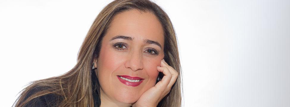 Resultado de imagen de solista Candelaria González